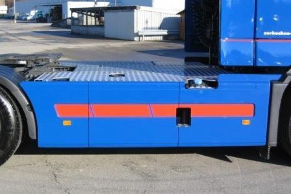 riffelblech-002D8089820-D46E-B386-918C-AC77E9B59CF2.jpg
